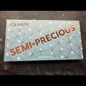 Colourpop semiprecious palette